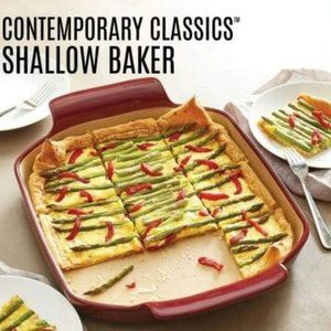 NEW Cranberry Pampered Chef Shallow Baker NIB PC